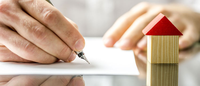 Как оформить отказ на долю в квартире? Какие документы необходимо подготовить? Сколько стоит отказ от доли в квартире при дарении? Рассмотрим в нашей статье.
