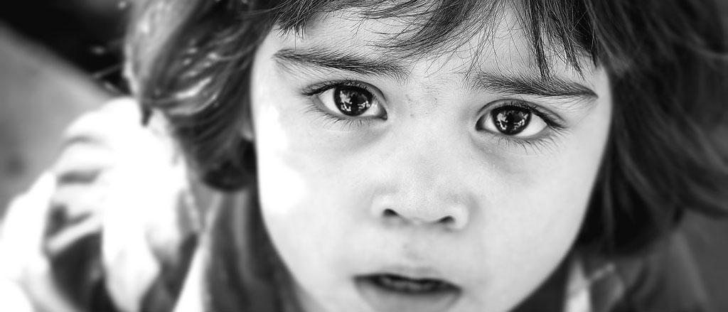 Куда обратиться, чтобы сироте получить квартиру? Какие документы нужно подавать? До какого возраста и на каких условиях можно претендовать на бесплатное жилье ребенку-сироте? Узнайте из нашей статьи.