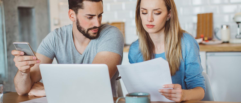 Можно ли прописать жену в квартиру, если она находится в муниципальной собственности? Как оформить прописку жене в приватизированную квартиру? Какие документы для этого понадобятся? Расскажут наши опытные юристы по жилищному праву.