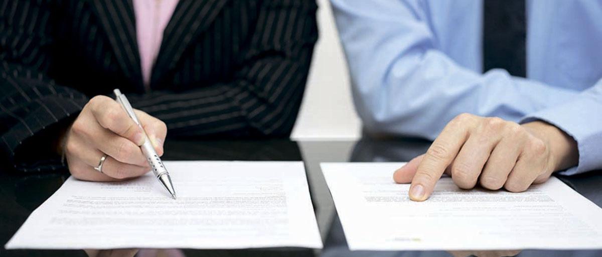 В каком случае можно требовать выплату неустойки по ДДУ? Как правильно составить исковое заявление и какие документы необходимо собрать, чтобы взыскать неустойку по ДДУ? Читайте в нашей статье