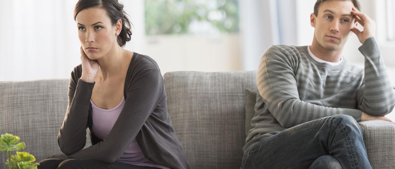 Можно ли выписать мужа после развода без его согласия из квартиры? Как выписать бывшего мужа из собственного или муниципального жилья? Как составить исковое заявление в суд? Расскажут наши опытные жилищные юристы.