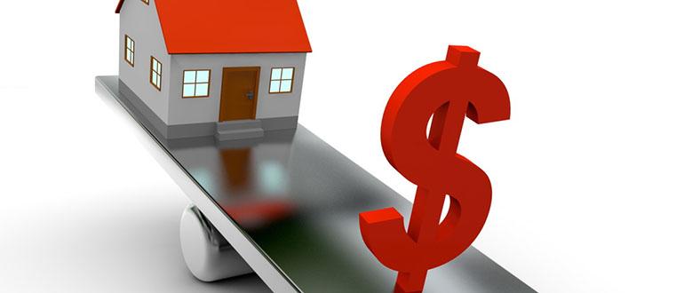 Приватизация квартиры в аварийном доме: нужно или нет?